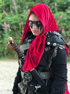 Amira in her 'Lexa' Cosplay